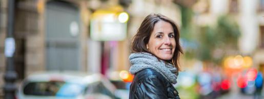 Pilar Ruiz Costa lleva más de veinte años trabajando como comunicadora, formadora y relaciones públicas.