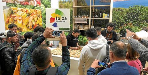 La presencia de los restaurantes participantes de Sant Antoni en el estand de Ibiza fue todo un éxito.