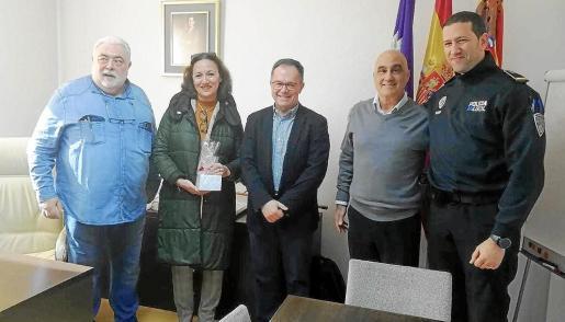 Homenaje a tres policías locales de Sant Josep que se jubilan.