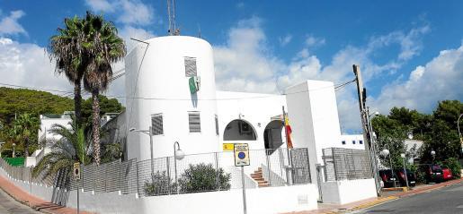 El acusado fue detenido por agentes de la Guardia Civil de Santa Eulària después de ser identificado por la víctima.
