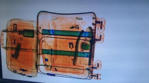 La Policía uruguaya detectó con un escáner las seis planchas que contenían 3.217 gramos de clorhidrato de cocaína.