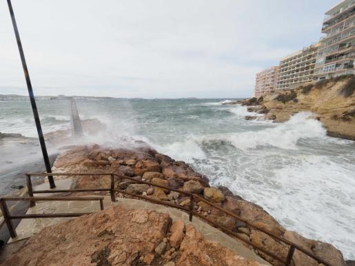 Temporal de viento en Ibiza.