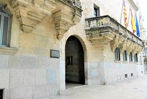 PALMA - FACHADA DE LA AUDIENCIA PROVINCIAL DE BALEARES.