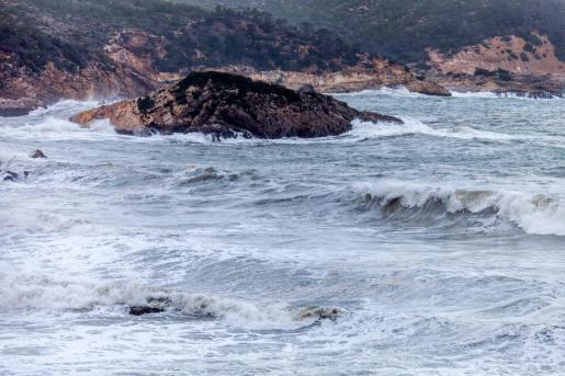 Estado de la mar en Cala Xarraca.