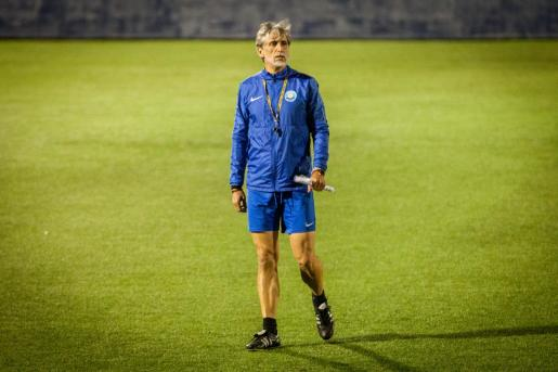 Pablo Alfaro, ayer durante el entrenamiento en el estadio de Can Misses.