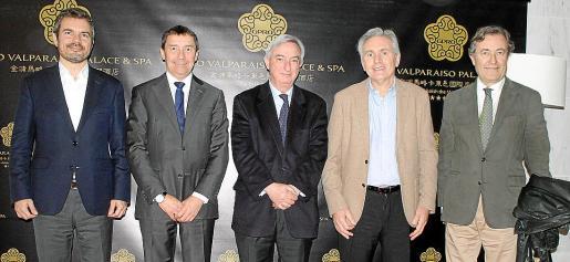 Marc Pérez-Ribas, Antoni Ferrer, Rafel Dezcallar, José María Vicens y Juan Gual de Torrella.
