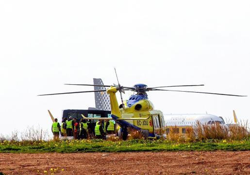 Uno de los dos helicópteros con los que cuenta Babcock en Ibiza.