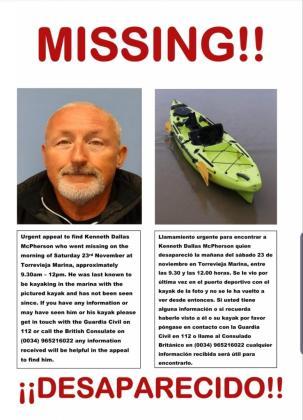 Cartel difundido tras la desaparición en Torrevieja.