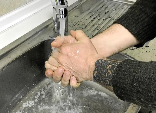 El lavado de manos es la mejor elección para evitar el contagio.