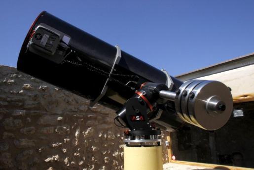 La iluminación de la nueva construcción impediría las observaciones en Cala d'Hort