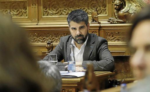 El conseller insular y presidente del IMAS, Javier de Juan, ayer en el Consell