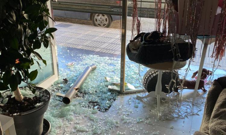 La Policía Nacional detiene al 'ladrón del bolardo' por el atraco a mano armada en un estanco de Ibiza