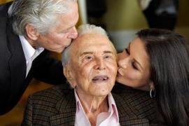 Muere a los 103 años Kirk Douglas, leyenda del cine de Hollywood