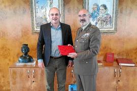 Recepción al nuevo comandante general de Baleares