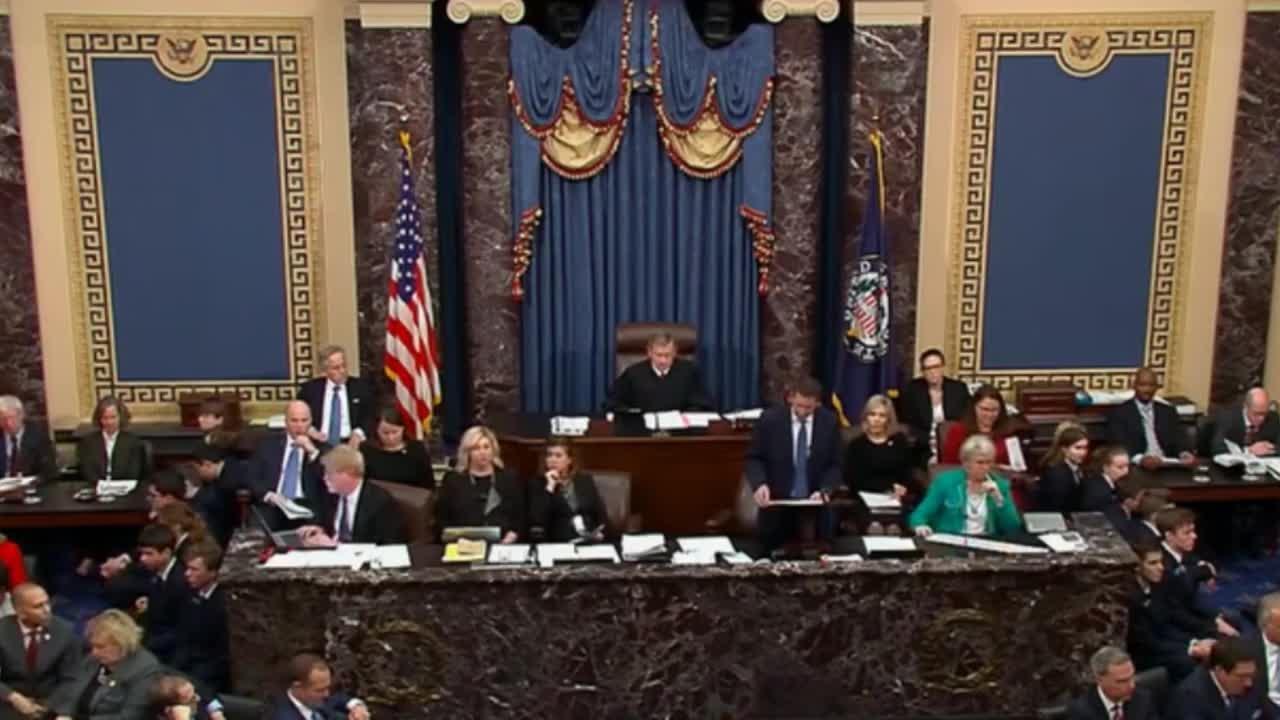 El Senado de EEUU absuelve a Trump en la fase final del 'impeachment'