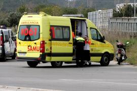 Herido un conductor tras salirse de la vía en Ibiza