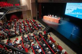 Profesores de derecho debaten cómo regular la ciudad del siglo XXI