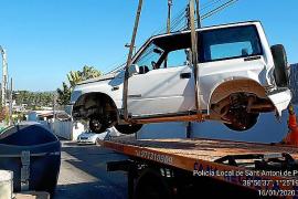 La Policía de Sant Antoni retiró el año pasado más de 300 vehículos abandonados