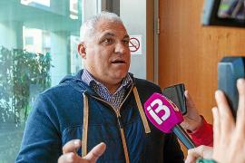 Los taxistas expresan su descontento ante la asociación de autónomos