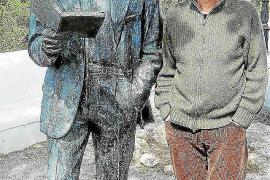 Jean Serra traduce los poetas más combativos del Norte de África en 'Ponts. Versions poètiques'
