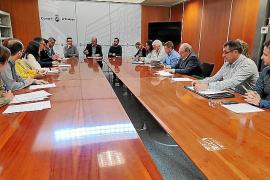 El Consell y Pimeef tratan de la nueva Oficina de Lluita Contra l'Intrusisme