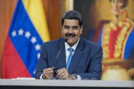 """Maduro pide a los """"países amigos"""" que ayuden al diálogo en Venezuela"""