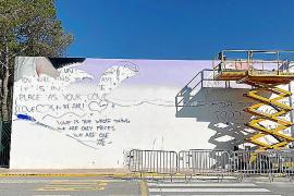 GEN-GOB patrocina en Sant Josep un mural contra plástico en el mar
