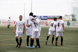 El partido entre la Peña Deportiva y el Melilla, en imágenes (Fotos: Daniel Espinosa).