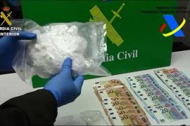 Detenido un hombre que hacía el trayecto Dénia-Ibiza-Palma con 700 gramos de cocaína