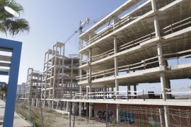 El Govern balear legalizará edificios inacabados durante la crisis para destinarlos a VPO