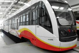 El Govern destinará 10 millones de los puertos, entre ellos el de Sant Antoni, a los trenes de Mallorca