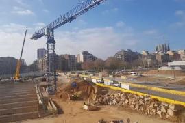 Conmoción en Sant Antoni por la muerte de un joven del municipio en Barcelona