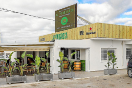 El restaurante La ponderosa abre sus puertas a una nueva gestión y dirección