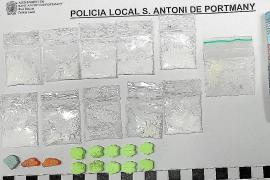Seis años de cárcel para dos detenidos con un 'supermercado ambulante' de drogas