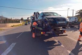 Violento choque frontal en la carretera de Sant Josep