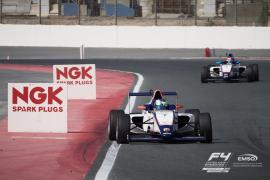 Lorenzo Fluxá, segundo en el cierre de la Fórmula 4 en Abu Dabi