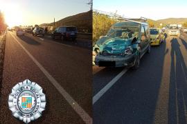 Tres heridos en un accidente múltiple en la carretera de Sant Josep