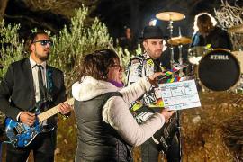 Tales of Gloom se va al bosque para grabar 'Unexpected Traces of a Falling Escape'