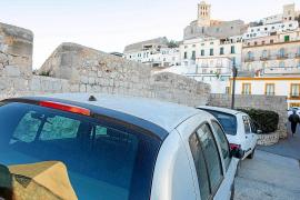 Los hoteleros acusan a Vila de querer «expulsar» los negocios turísticos de Dalt Vila