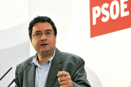 Óscar López: «La mezcla de Rajoy con Bauzá es nefasta para Balears»