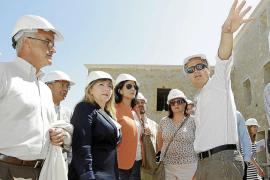 Turismo garantiza que la «ruina» de Paradores «no pone en peligro» el proyecto de Dalt Vila