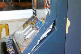 Investigan el asalto a un negocio de Platja d'en Bossa