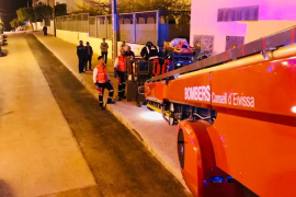 Herido grave tras caer desde una altura de ocho metros en Sant Antoni