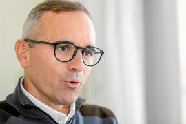 «Con la ampliación de infraestructuras podríamos captar eventos que se están derivando a Mallorca»