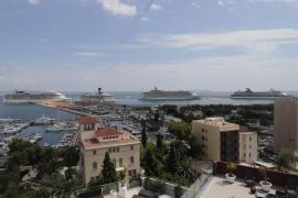 Imagen del puerto de Palma con cinco escalas de cruceros