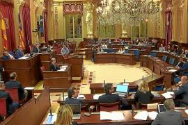 El Parlament pide cambiar la Constitución para que Formentera tenga un senador