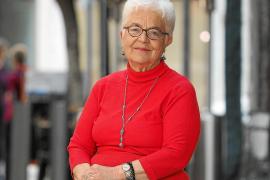 Rosa Vallès: «La mujer 'pagesa' siempre ha tenido una gran dignidad»