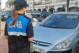 Formentera suspende la zona azul y verde durante la crisis del coronavirus