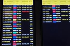 Las aerolíneas comienzan a suspender sus conexiones con Ibiza