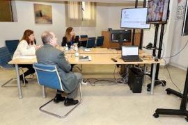Armengol señala que el sistema sanitario de Baleares está «preparado» para asumir los picos de contagio